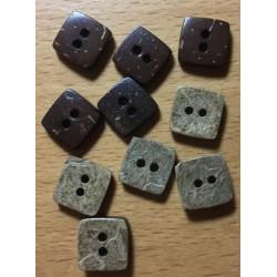 Firkantede kokosnødde knapper . Pose med 10 knapper. 10mm