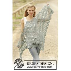 See You Soon by DROPS Design Bredde øverst: ca 156 cm. Højde midt på: Ca 75 cm. DROPS COTTON MERINO