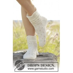 Almost Spring by DROPS Design 35-43 DROPS FABEL