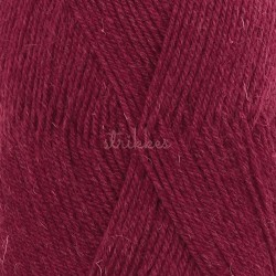 Drops Fabel UNI farve 113 rubinrød