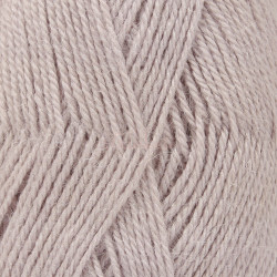 Drops Alpaca UNI farve 4010 lys lavendel