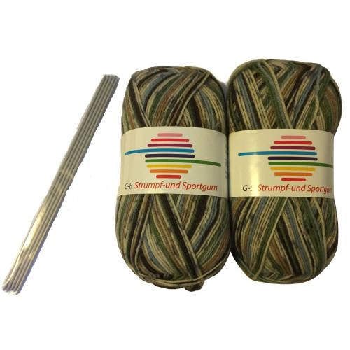 Strømpe- og sportsgarn (2 x 50g) + strømpepinde. Farve 05