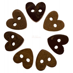 Hjerteformede kokosnødde knapper. Pose med 7 knapper. 10mm