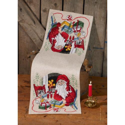 Julebordløber, julemand og kat. 33 cm x 98 cm