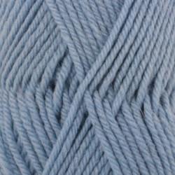 Drops Karisma UNI farve 30 lys jeansblå