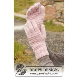Rose Mint Gloves by DROPS Design S-XL DROPS KARISMA