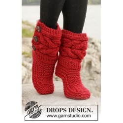 Image of   Little red riding slippers by drops design 35-42 drops eskimo garn