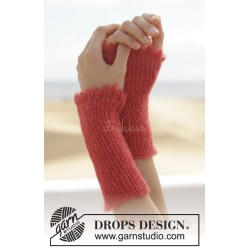 Warm Embrace by DROPS Design One-size DROPS BRUSHED ALPACA SILK