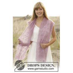 Spring Blush by DROPS Design Bredde: ca 30 cm. Længde: ca 168 cm. DROPS KID-SILK